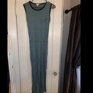 Long GAP striped dress